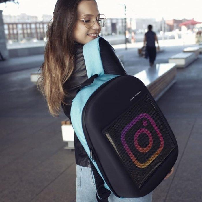 Девочка с рюкзаком Mark Ryden