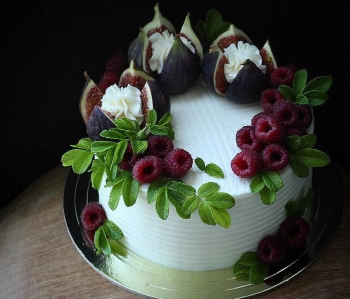 Торт из кондитерской Injir
