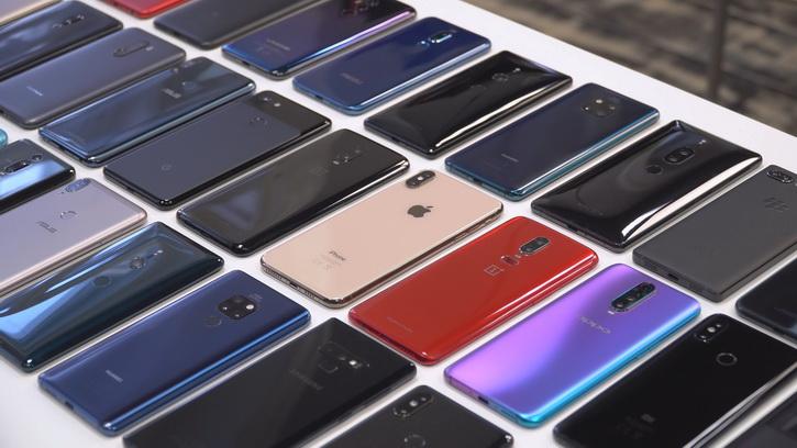 Ряды смартфонов