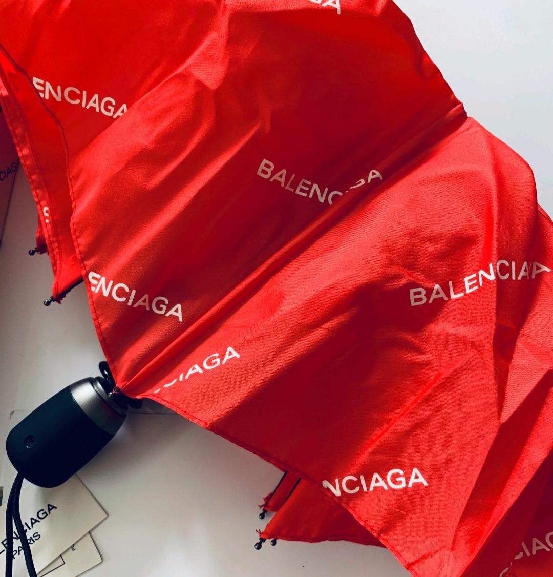 Зонт Balenciaga